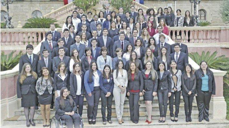La comunidad latina está en YaSabe -